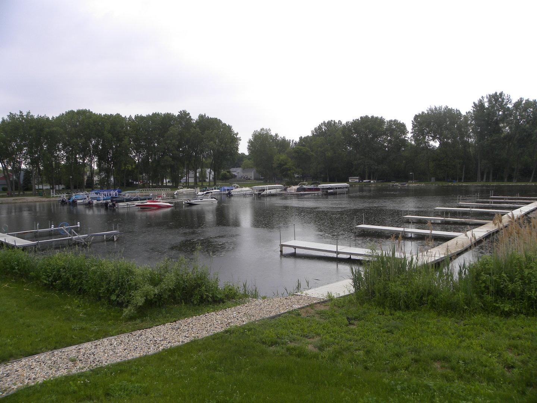 8300 Reva Bay Lane, Unit SLIP5, Fox Lake, IL, 60020 Photo 1