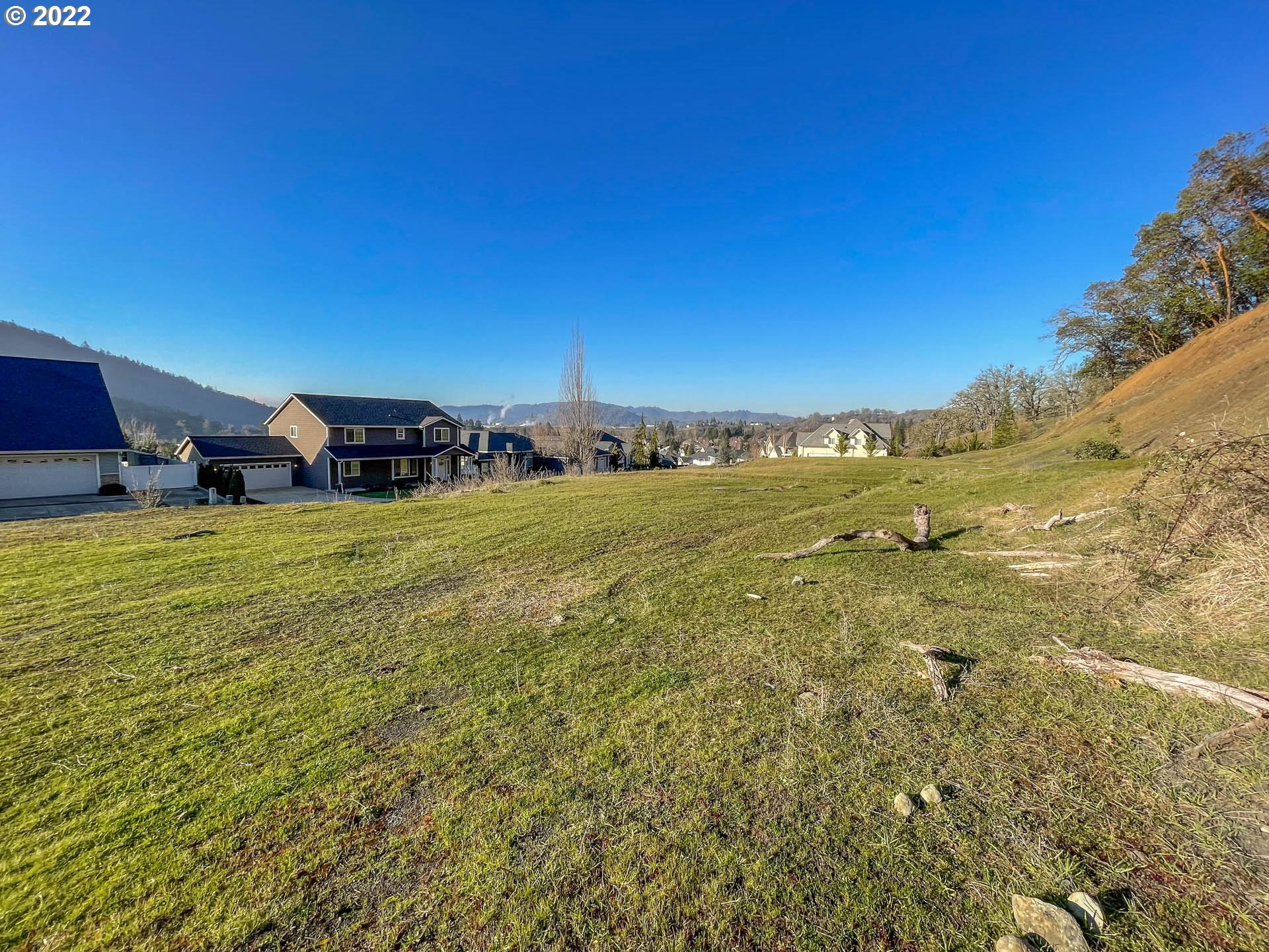 775 North View Dr 54, Winchester OR 97495