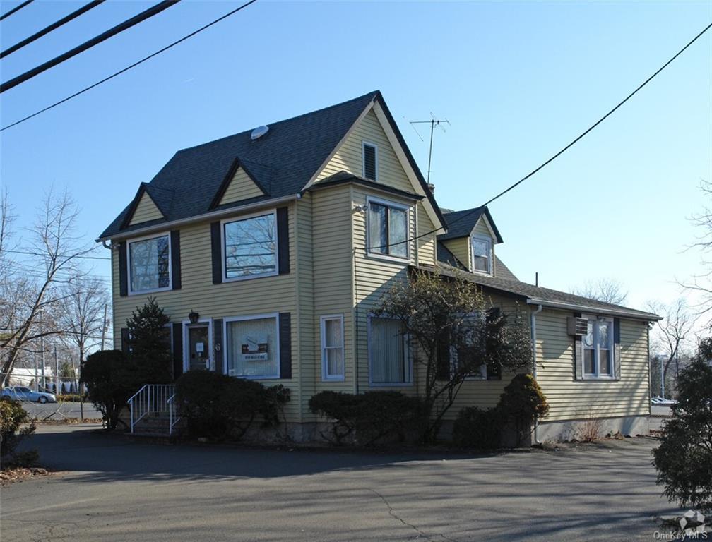 6 Smith Street, Nanuet NY 10954