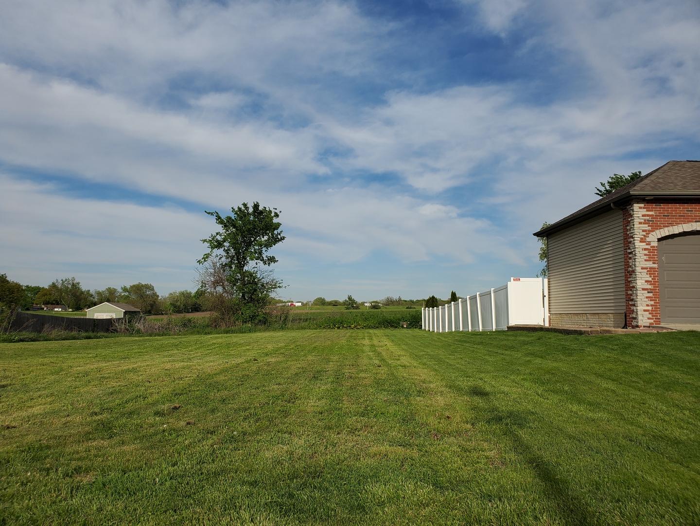 2106 Ridge Creek Drive, Bloomington IL 61705