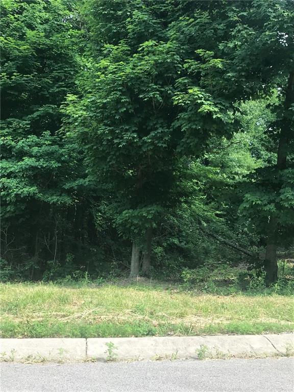 2121 North Wolf Den Lane, Martinsville IN 46151