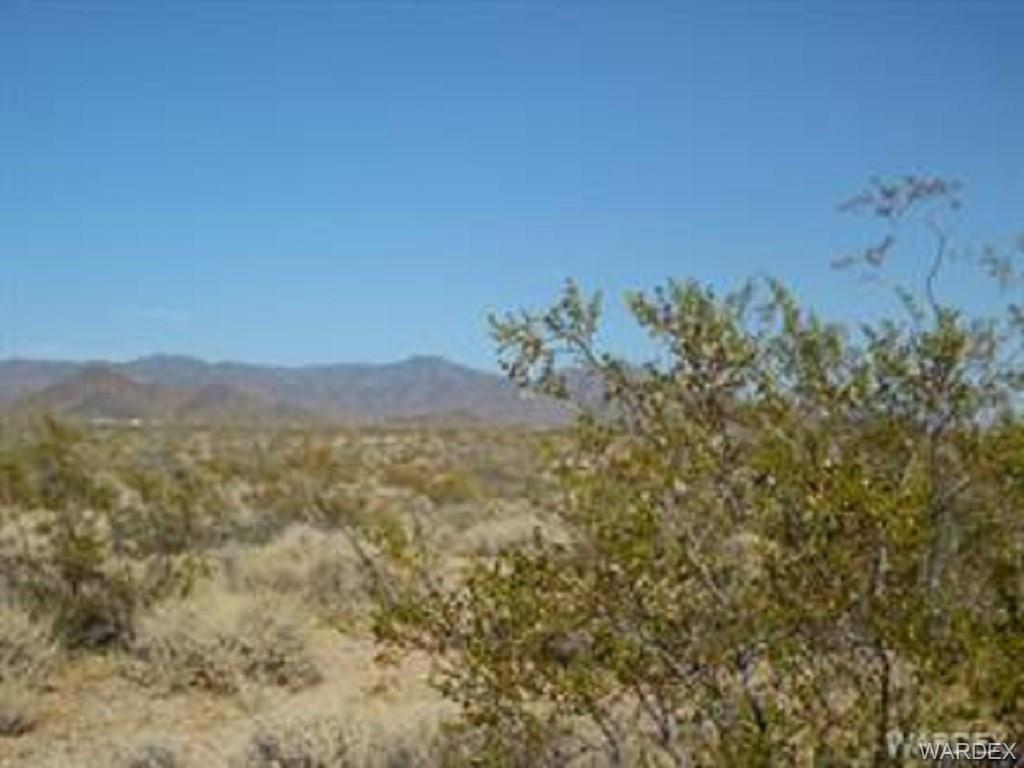 0000 S Alan Road, Yucca AZ 86438