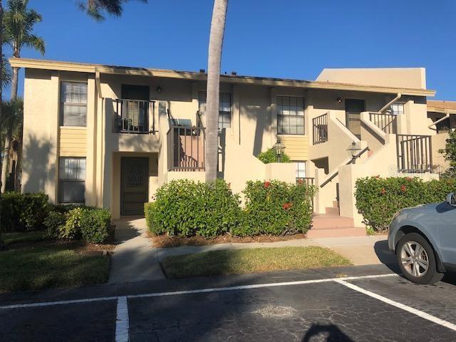 4570 Weybridge #32, Sarasota FL 34235