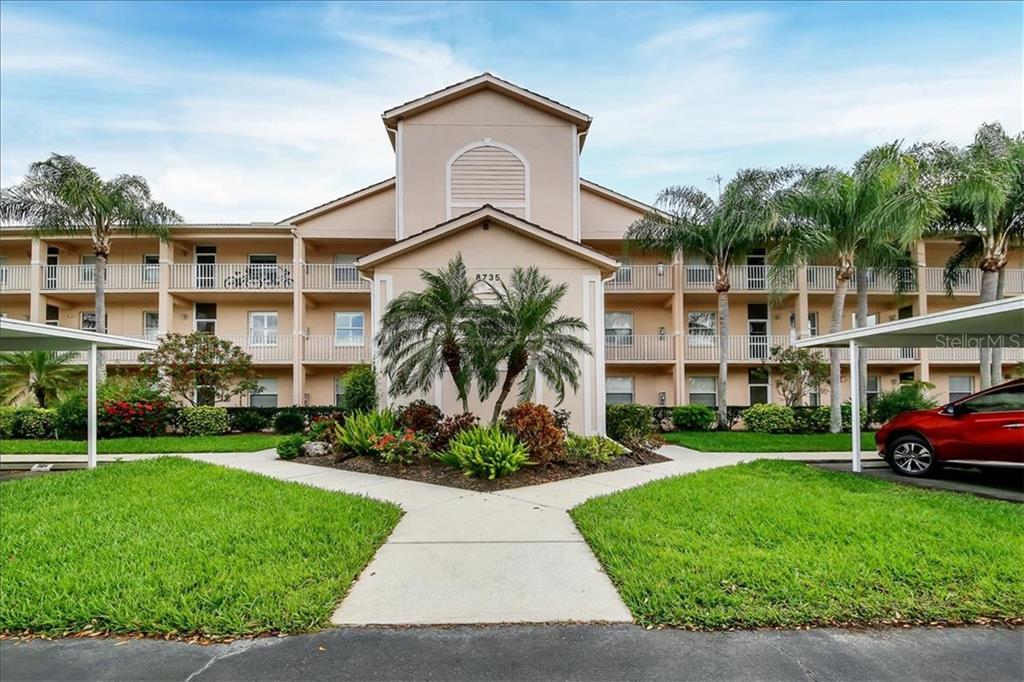 8735 Olde Hickory Avenue #8302, Sarasota FL 34238