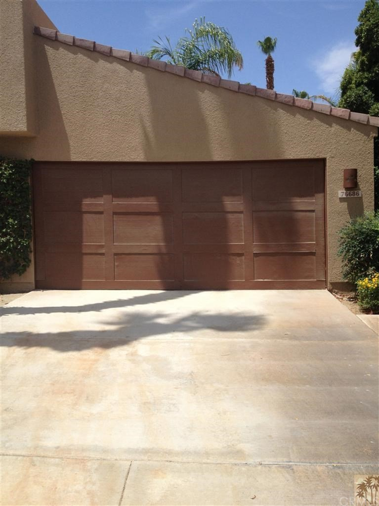 76686 Chrysanthemum Way, Palm Desert CA 92211