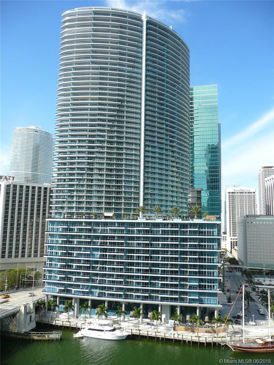 200 Biscayne Bl # 3311, Miami FL 33131